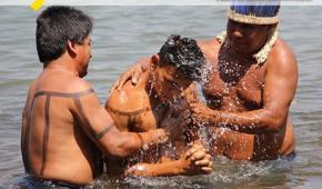 Evangelización de indígenas: ¿respeto o falta de respeto a la tradición de los pueblos?