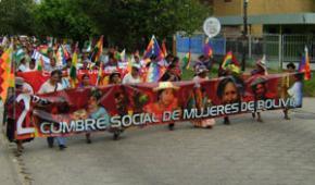 Mujeres indígenas de Bolivia preparadas para asumir retos constitucionales
