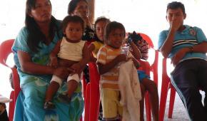 Venezuela dará alimentos básicos a indígenas Wayúu